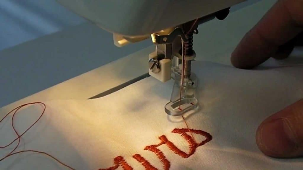 Tips For Sewing Embroidery On a Sewing Machine