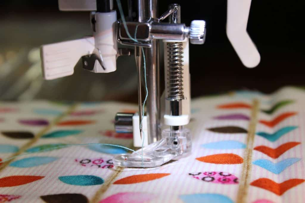 Steps To Embroider With a Sewing Machine