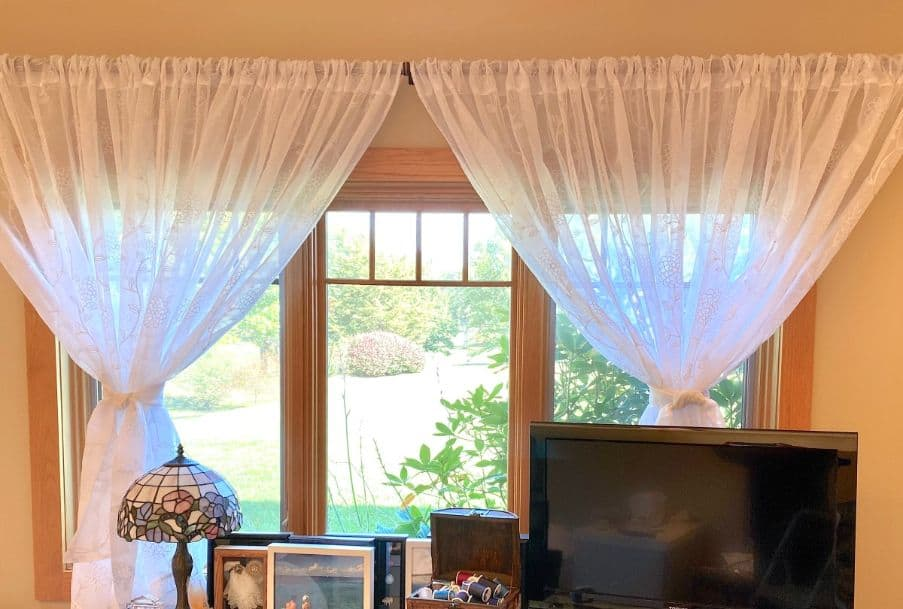 Tips For Hanging Your Curtains